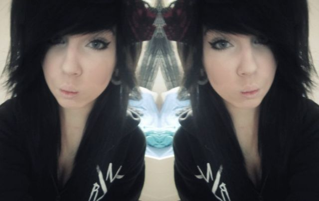 me and my evil twin :3