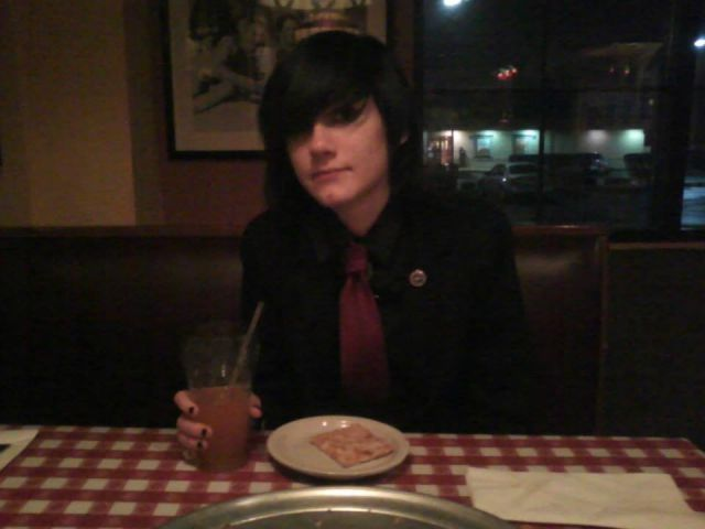 Gerard Way at the Pasta House cx